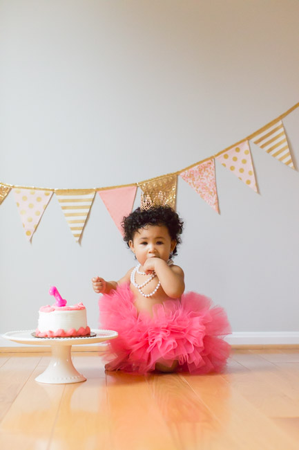 feather + light photography | philadelphia child photographer | cake smash | pink + gold | tutu | first birthday
