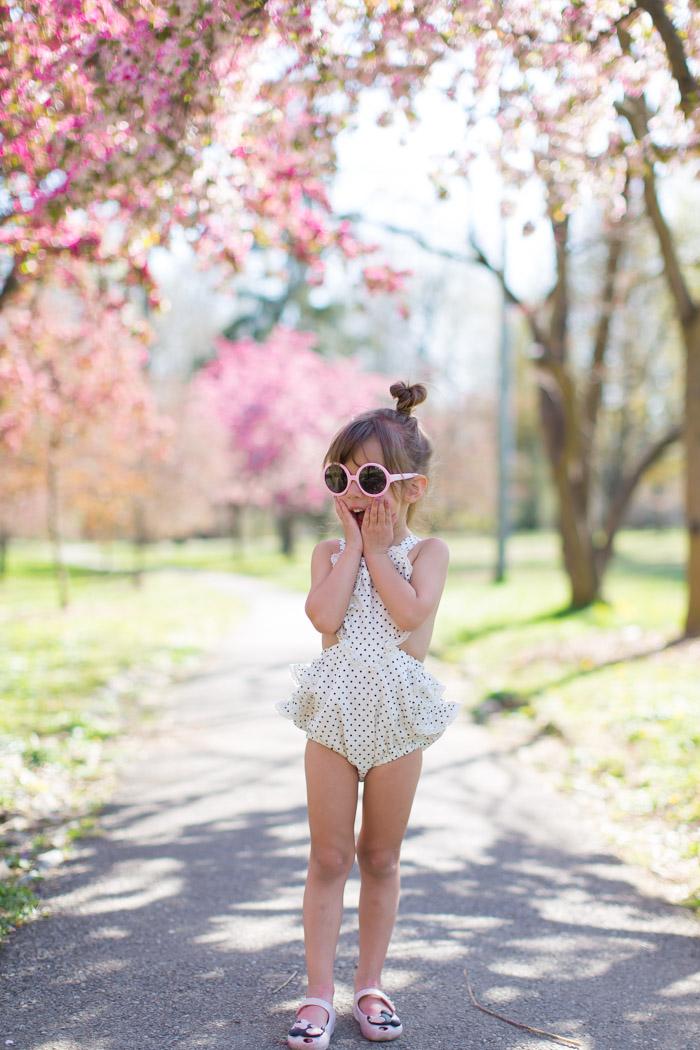 feather + light photography | kid fashion blogger philalphia | paush | romper