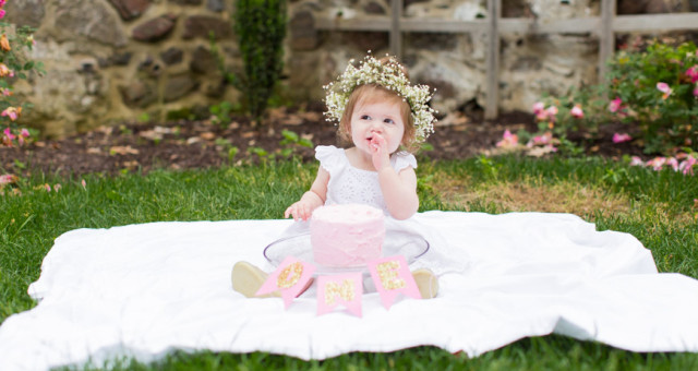Madison's Cake Smash - West Chester, PA {Lifestyle, Family + Cake Smash}
