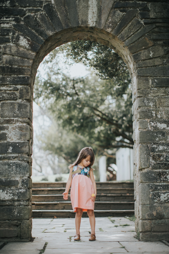 feather + light photography | blumonet | child fashion blogger | little girl style