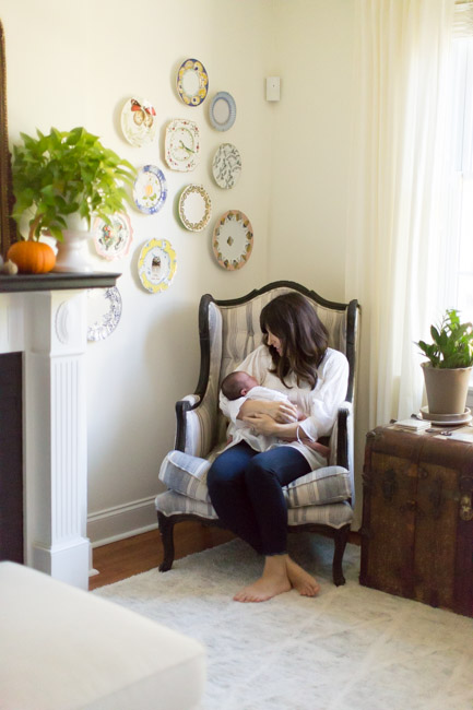 feather + light photography | maternity photography | natural light photography | lifestyle maternity session