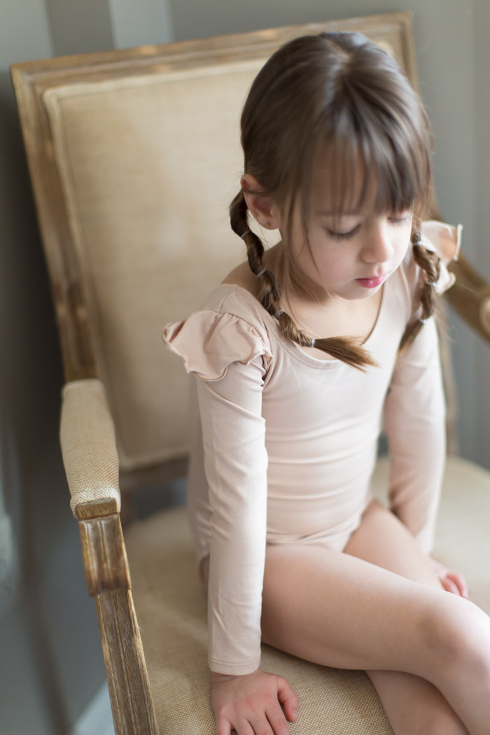 feather + light photography | child fashion blogger | leotard boutique | tiny dancer